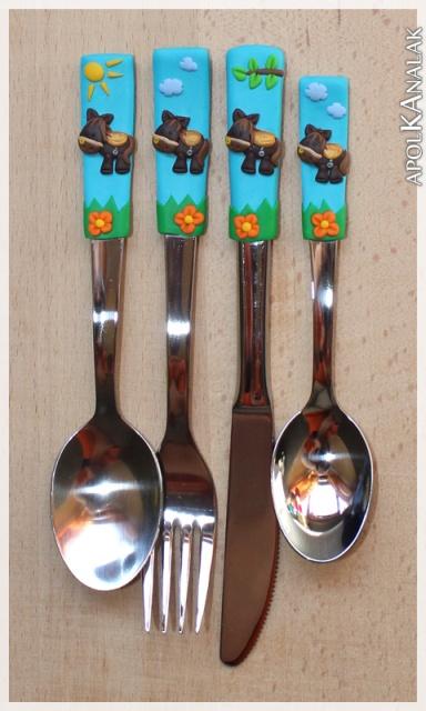 Lovacskás gyerek evõeszköz készlet. (Kanál, villa, kés, kiskanál)