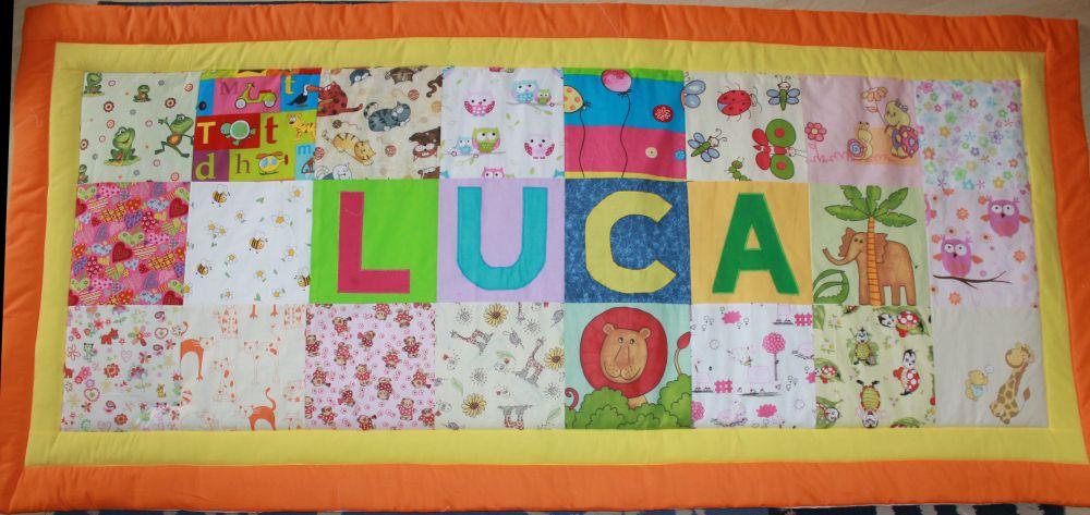 Luca neves, rejtett bújtatós 90x195 cm falvédő.