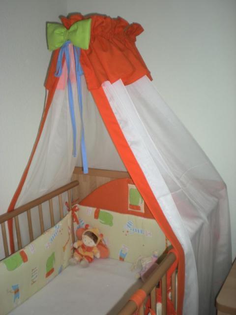 Baldacchin, takaró, fejvédő és párna baba, bébi ágynemű szett