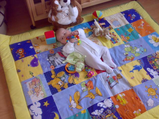 120x160-as baba, bébi játszószõnyeg.  Babalátogató ajándék.