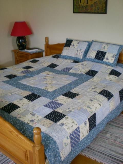 200x230 cm patchwork ágytakaró.