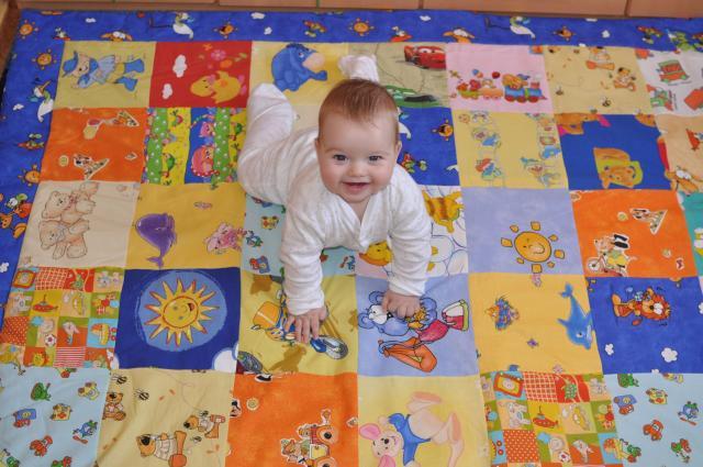 190x170 cm-s baba, bébi játszószõnyeg.  Babalátogató ajándék.